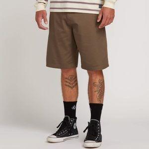 Volcom Men's Frickin chino short size 32